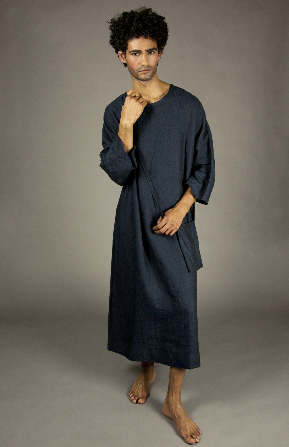 caftan 1 indigo  full-length linen caftan with linen cross-body strap pouch.dolman 3/4 sleeves.  sizes 0-1-2-3  100% washed linen