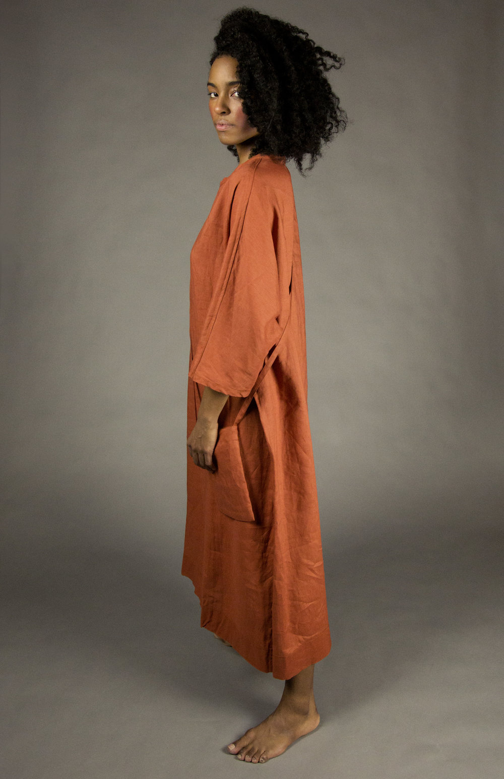 caftan 1 clay  full-length linen caftan with linen cross-body strap pouch.dolman 3/4 sleeves.  sizes 0-1-2-3  100% washed linen