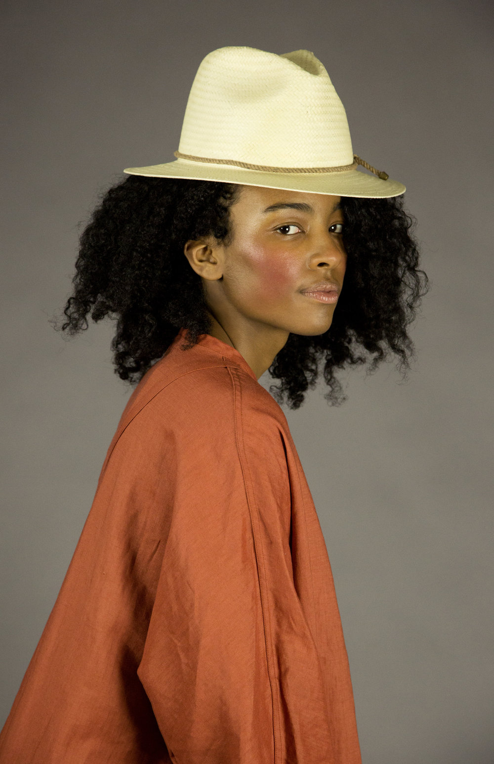 hat 2 straw  straw fedora with signature natural melange rope detail and brass metal tips.made in collaboration with bollman hats, the oldest hat manufacturer in america.  sizes 1-2  100% straw  100% cotton interior band in our signature khaki twill