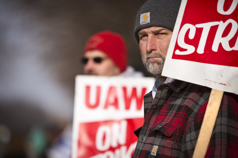 KOHLER, WI — DECEMBER 9, 2015: Jeff Radtke, a 28 year veteran in the Kohler Pottery department looks down the picket line outside the Kohler facility, Tuesday, December 8, 2015.