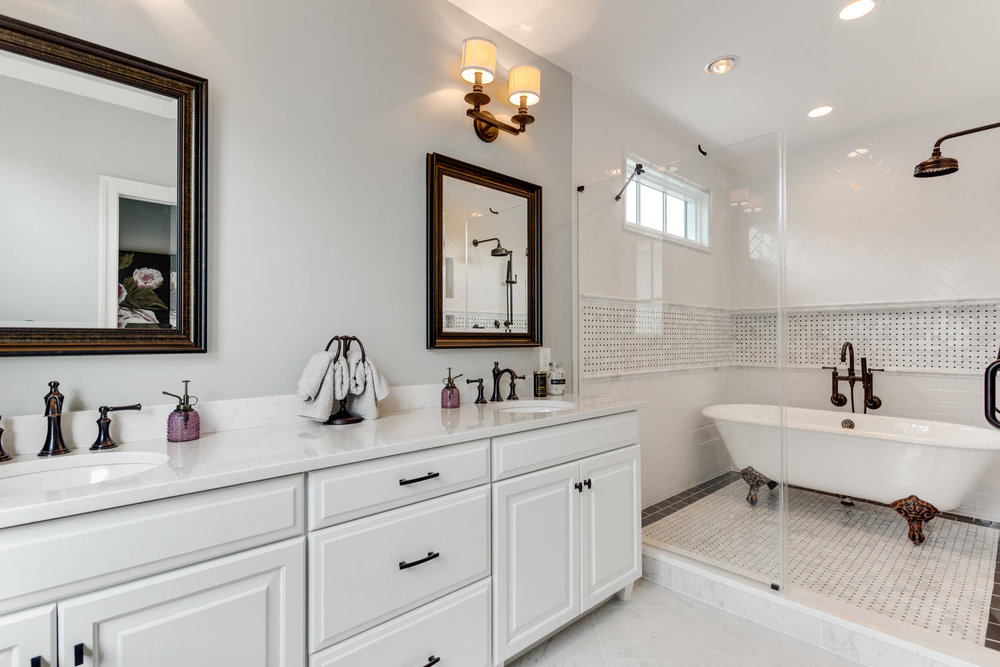 497 N Abingdon St Arlington VA-large-074-48-Bathroom-1500x1000-72dpi.jpg