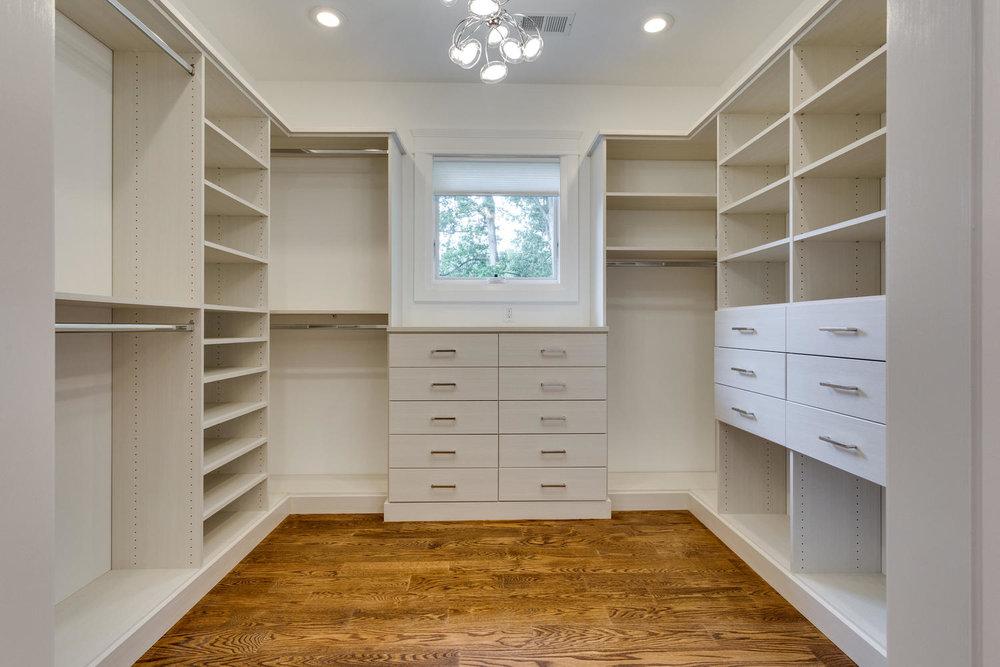 3162 N Pollard St Arlington VA-large-110-74-Master Closet-1500x1000-72dpi.jpg
