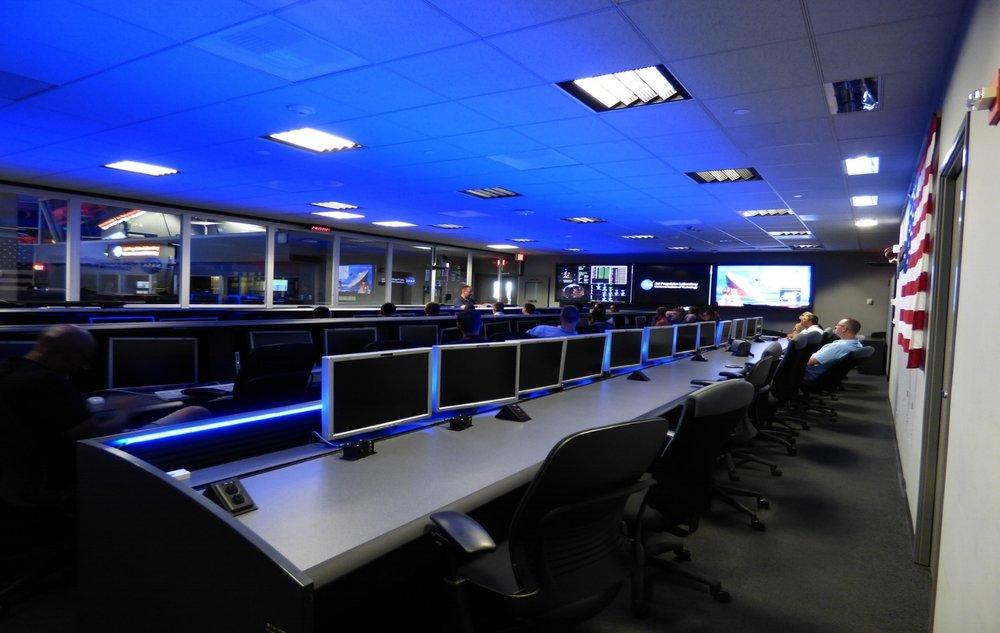 control-center-1054460_1920.jpg