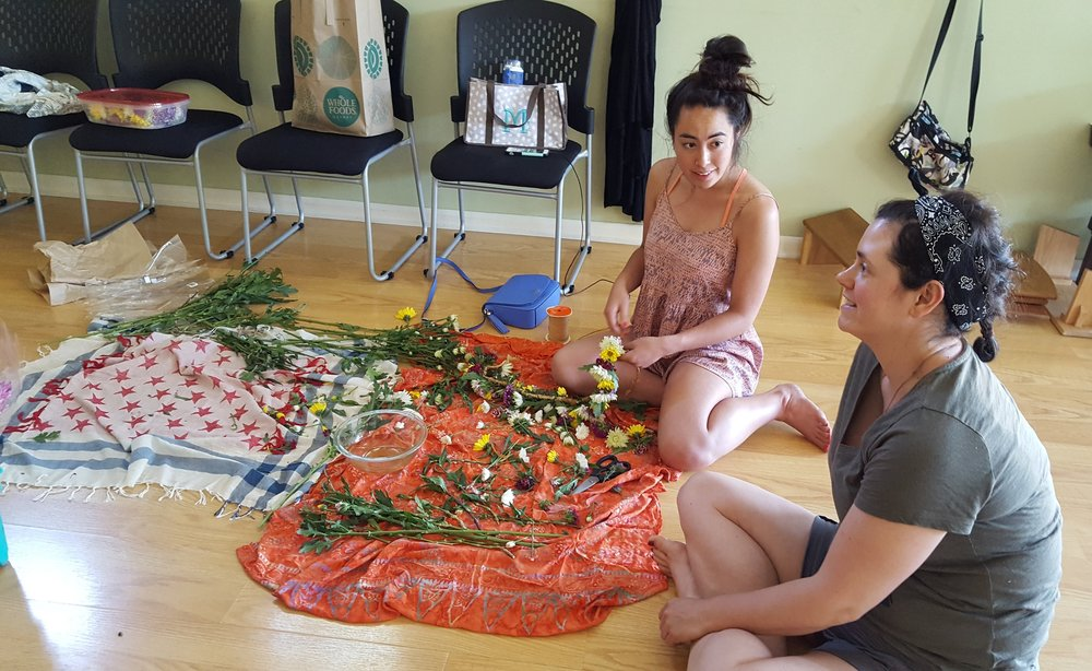 floor lei making.jpg