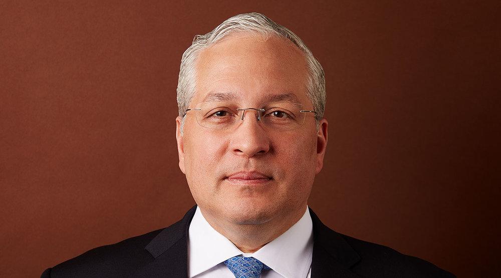 Carlos E. López López
