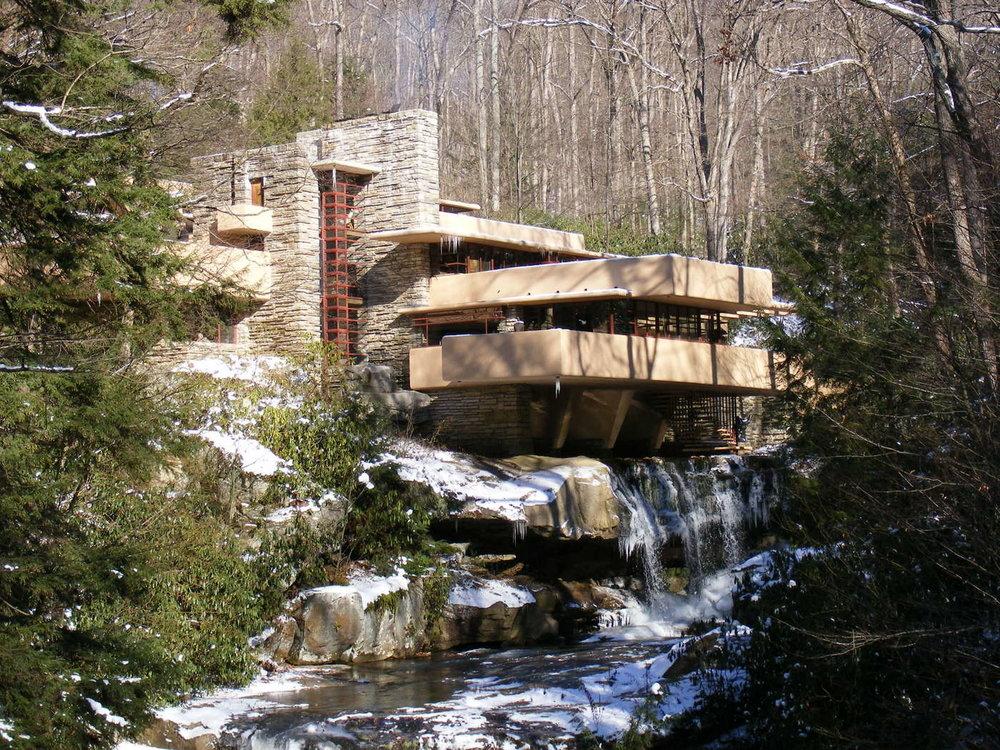 fallingwater-house_frank-lloyd-wright.jpg