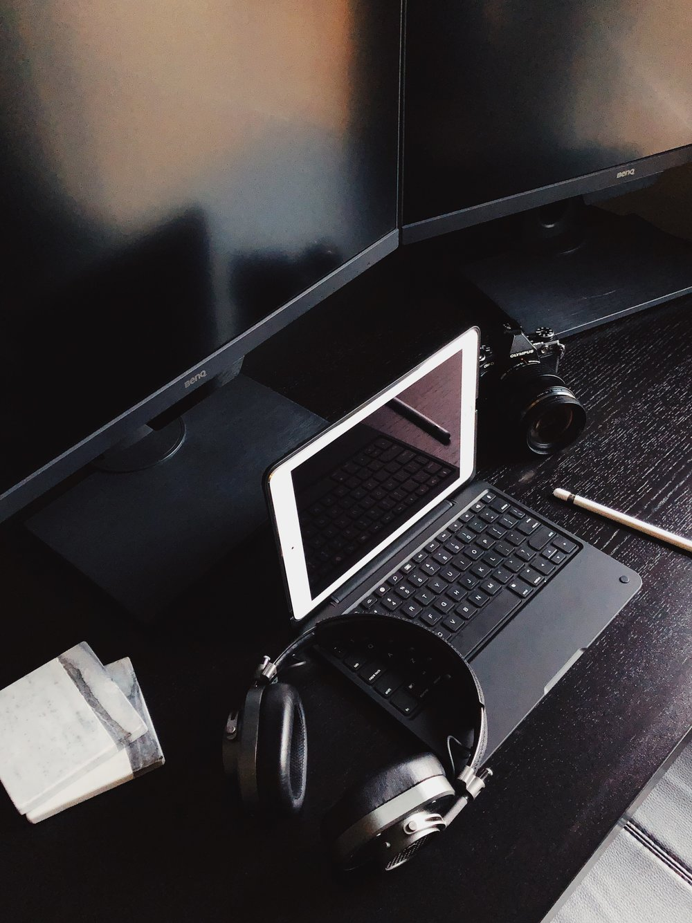 Griswold-Blog-Apple-Ipad-Pro-Olympus-Incase-Keyboard-Mobile-Editing