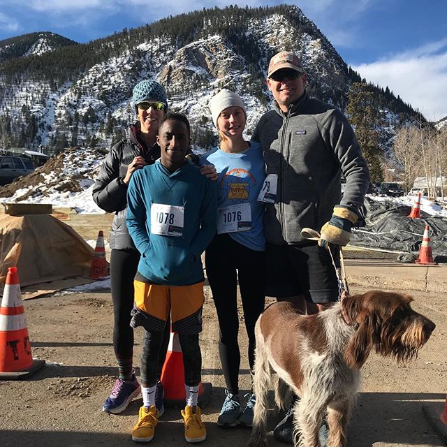 Happy Thanksgiving to all our American friends from our family (minus one who is studying abroad) to yours!! 🦃🦃🦃 .  #turkeytrot #thanksgiving #family #friends #frisco #legendaryraces #ultrarunning #cloudcitymultistage #colorado #ultra #leadville .
