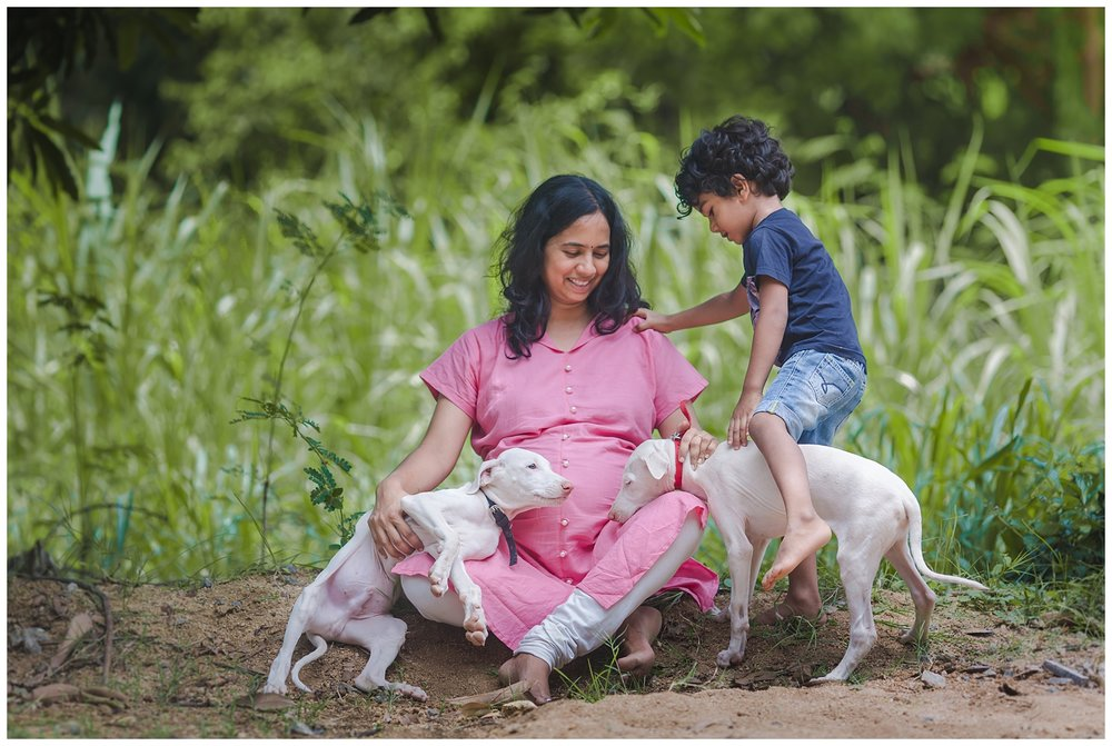 24072016-Bharathi-Second-Maternity-withdogs-038.jpg