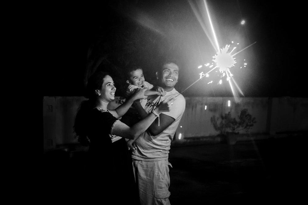 22102014-Sahas-Diwali-Celebs-2014-209.jpg