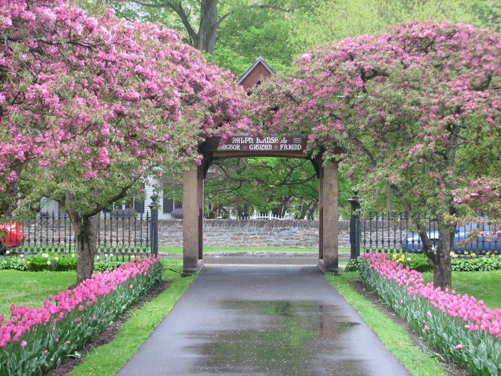 2011 Spring Lych Gate.jpg