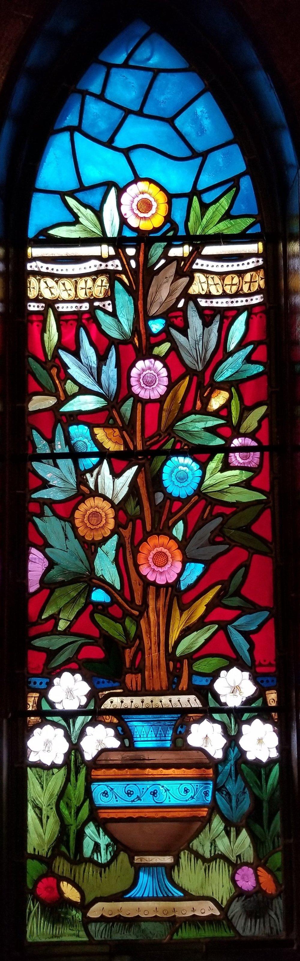 chapelflowers.jpg