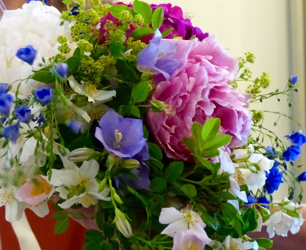 Weekly Hand Tied Bouquets For Your Home -