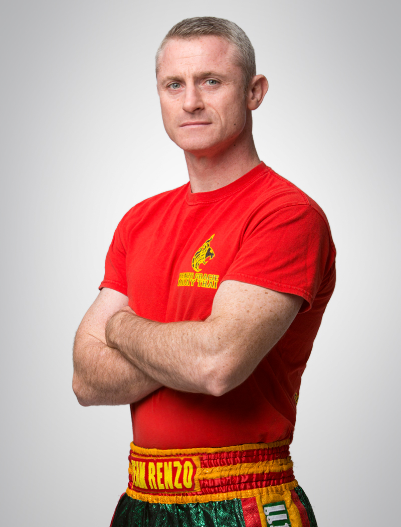 MIKE MCKEE   Muay thai instructor