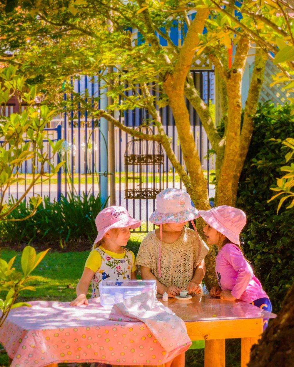Chiselhurst_Little_Ladies_Garden_Conversation_Reduced.jpg