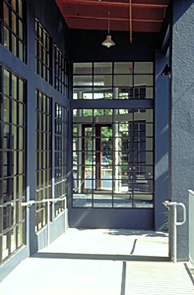 lg_1717fourth_window.jpg