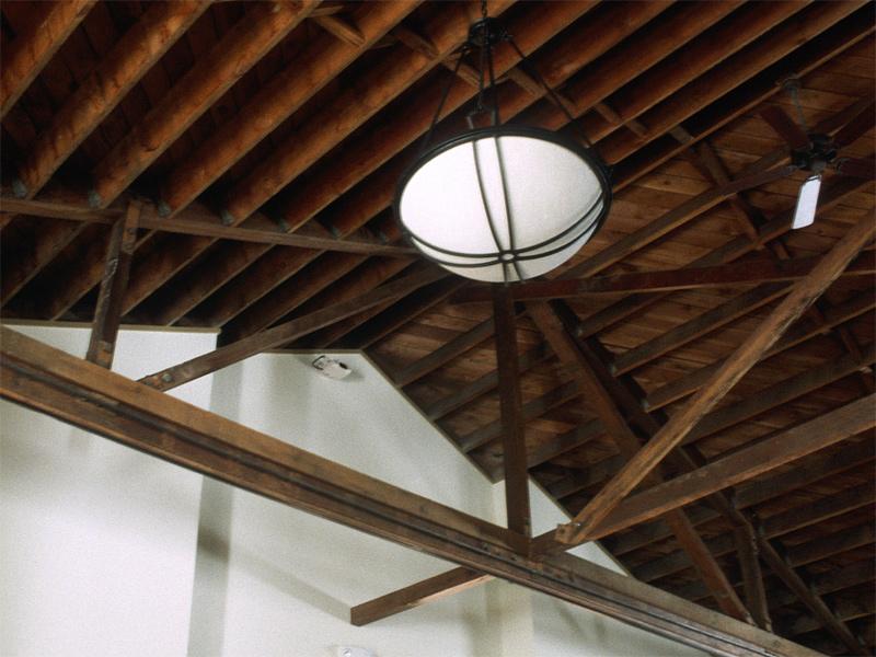 lg_holyredeemer_ceiling.jpg