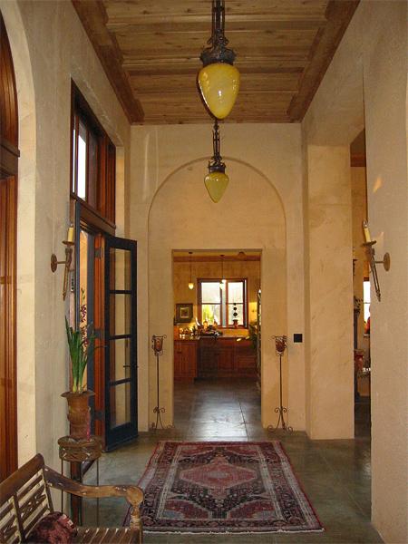 lg_liviakis_hallway.jpg