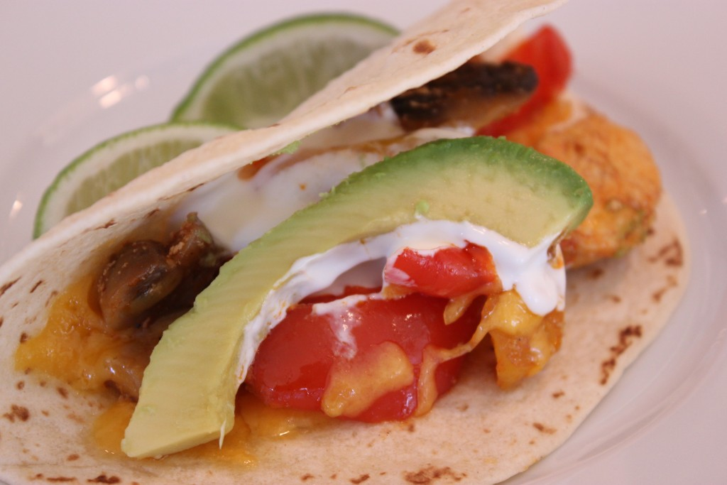 BAJA FAJITAS- WHAT FOR DINNER? QUICK AND EASY FIJITAS!!! thefoodnanny.com