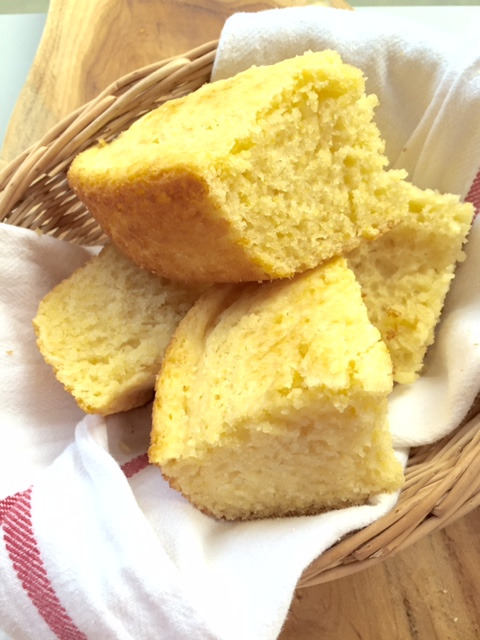 NORTHERN-STYLE CORN BREAD IS EASY AND SO HEAVENLY! YOU WON'T WANT TO EVER MAKE ANOTHER CORN BREAD RECIPE AGAIN.
