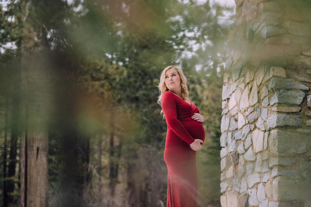 sacramento-maternity-photographer.jpg