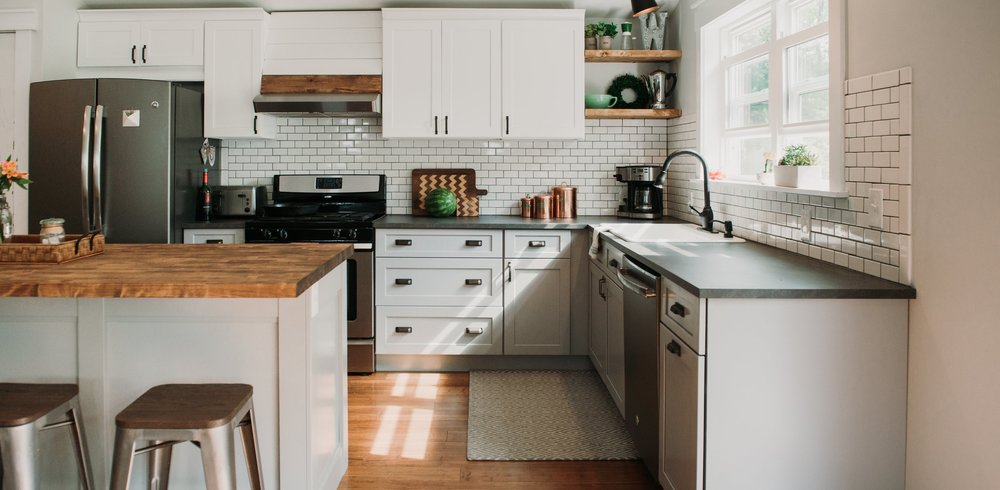 ACMe Kitchen Cabinets