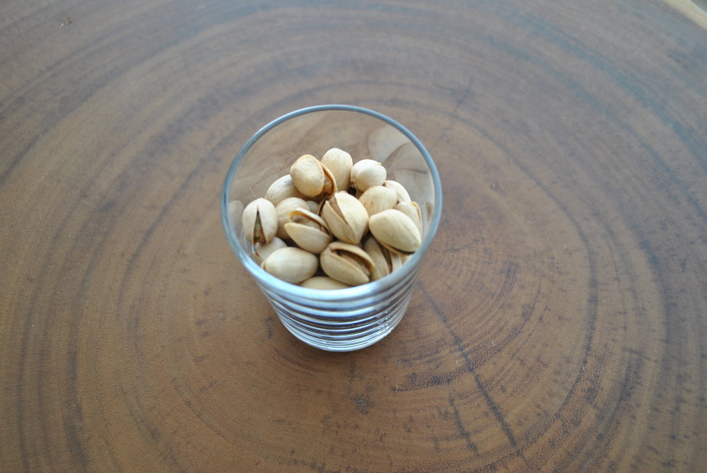 easy vegan snack pistachios.JPG