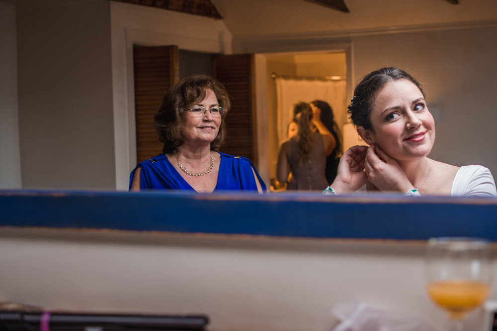 reflection-bride-halifax-wedding-prep