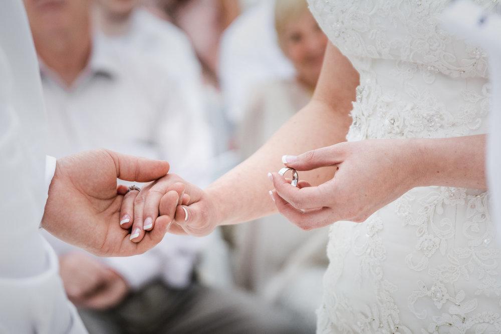 Fox-and-fellow-studio-Halifax-nova-scotia-wedding-photography-canada-10.jpg