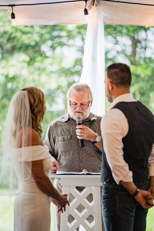 Halifax-wedding-photography-foxandfellow-nova-scotia-backyard-summer-canada-26.jpg