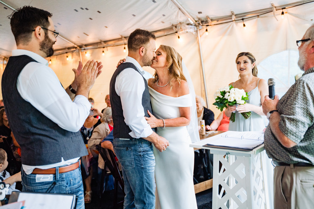 Halifax-wedding-photography-foxandfellow-nova-scotia-backyard-summer-canada-35.jpg