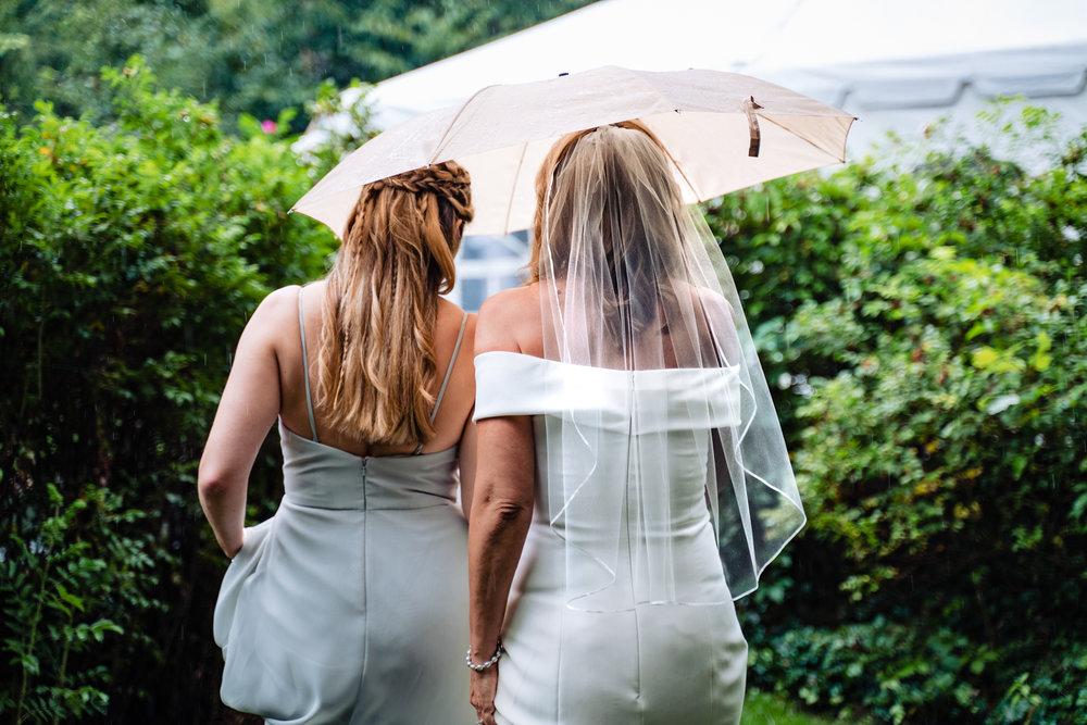 Halifax-wedding-photography-foxandfellow-nova-scotia-backyard-summer-canada-37.jpg
