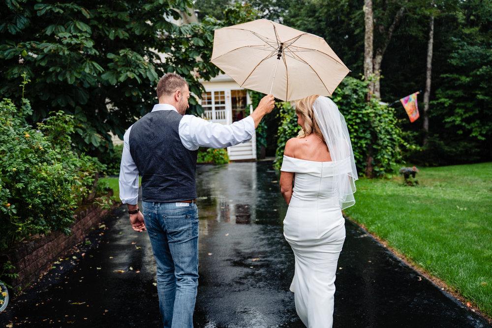 Halifax-wedding-photography-foxandfellow-nova-scotia-backyard-summer-canada-39.jpg