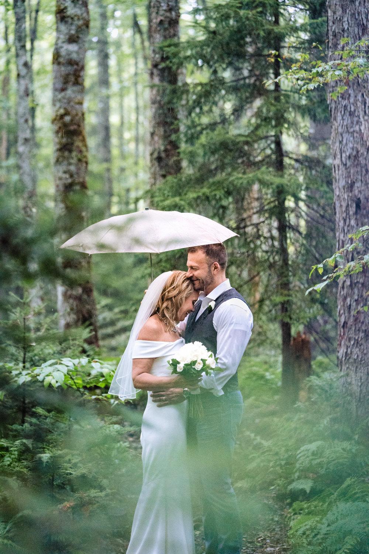 Halifax-wedding-photography-foxandfellow-nova-scotia-backyard-summer-canada-40.jpg