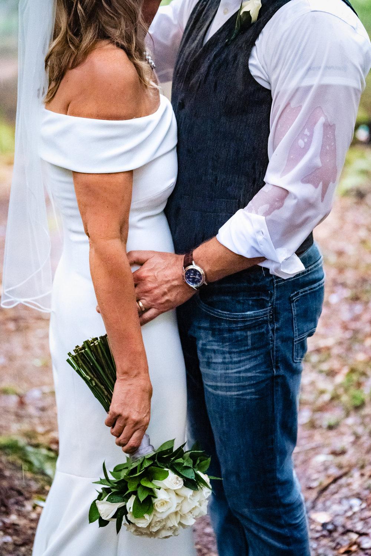 Halifax-wedding-photography-foxandfellow-nova-scotia-backyard-summer-canada-45.jpg