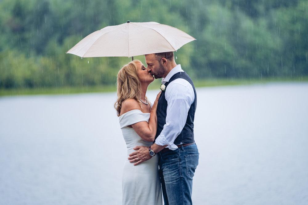 Halifax-wedding-photography-foxandfellow-nova-scotia-backyard-summer-canada-58.jpg