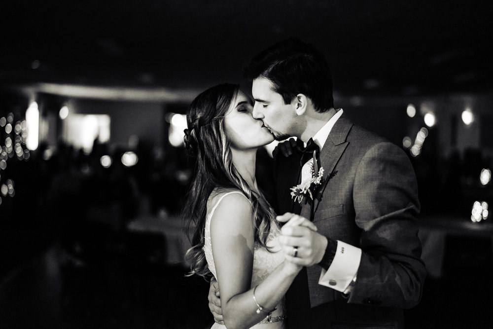 Halifax-wedding-photography-fall-photographers-novascotia-canada-ottawa (90 of 97).jpg