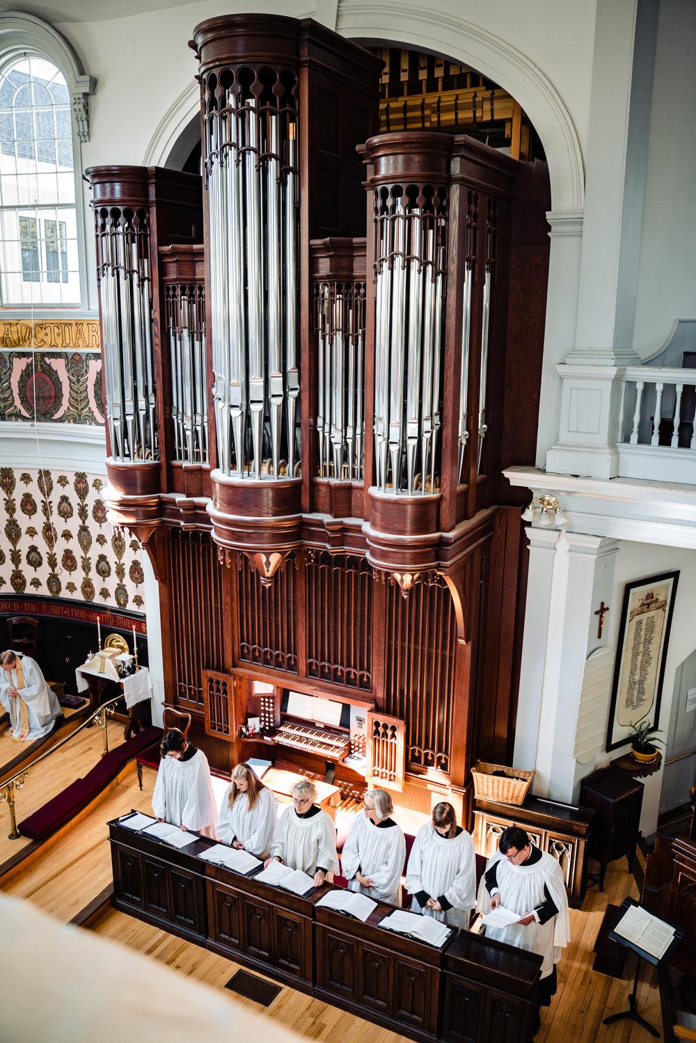 Halifax-wedding-citadelhill-venue-photography-fall-photographers-novascotia-canada-ottawa (51 of 100).jpg