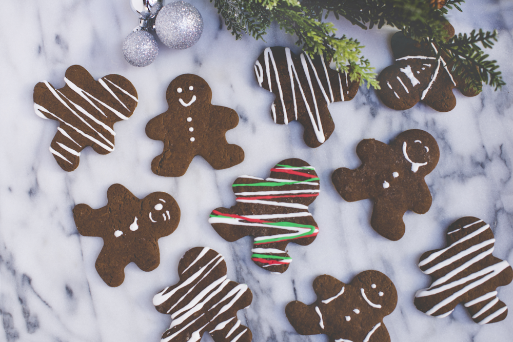 Gingerbread Men Flatlay with Ornaments.png