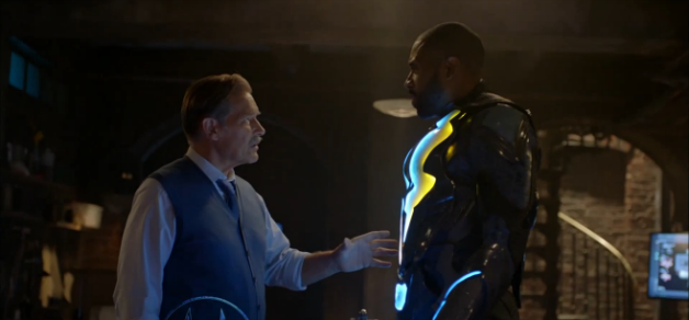 Gambi (James Remar) and Jefferson Pierce (Cress Williams) as Black Lightning