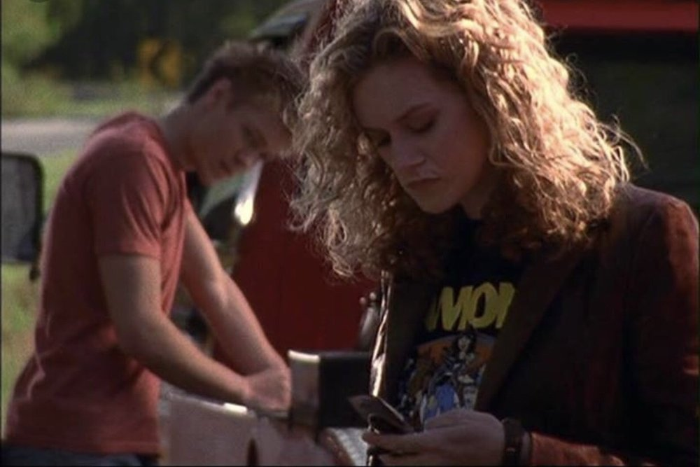 Lucas and Peyton (Hilarie Burton) in the pilot