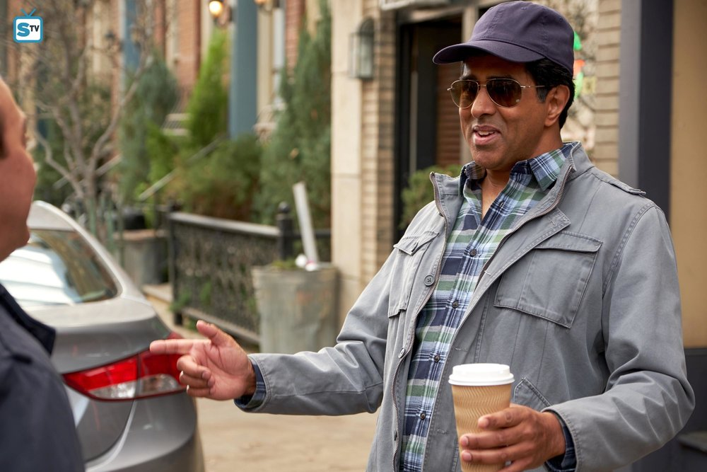 Guest star Jay Chandrasekhar as himself