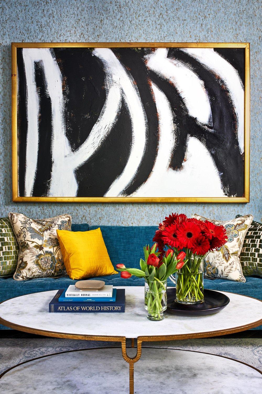 13-Modern-Contemporary-Living-Room-Top-Decorator-Best-Interior-Designers-Boston-South-End-Back-Bay-Seaport-Dane-Austin-Design.jpg