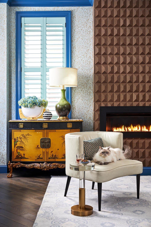 8-Modern-Contemporary-Living-Room-Top-Decorator-Best-Interior-Designers-Boston-South-End-Back-Bay-Seaport-Dane-Austin-Design.jpg