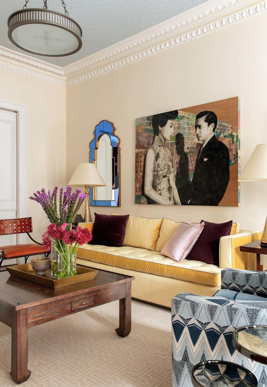 9-Casual-Elegant-Transitional-Contemporary-Top-living-room-yellow-gold-sofa-art-ideas-Decorator-Best-Interior-Designers-Boston-South-End-Back-Bay-Cambridge-Dane-Austin-Design.jpg