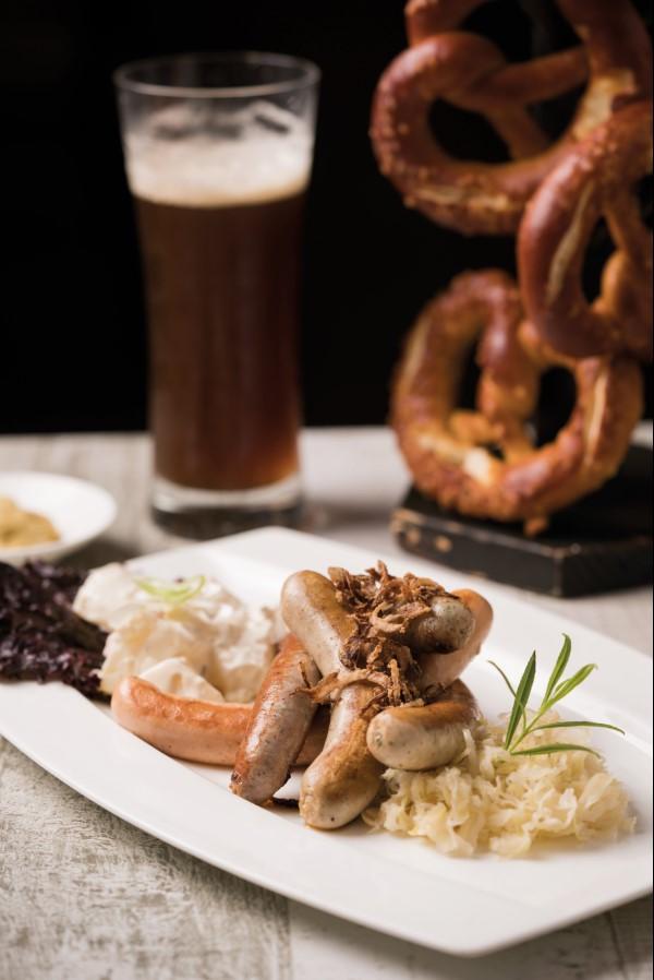 Platter of freshly grilled Bavarian Sausages