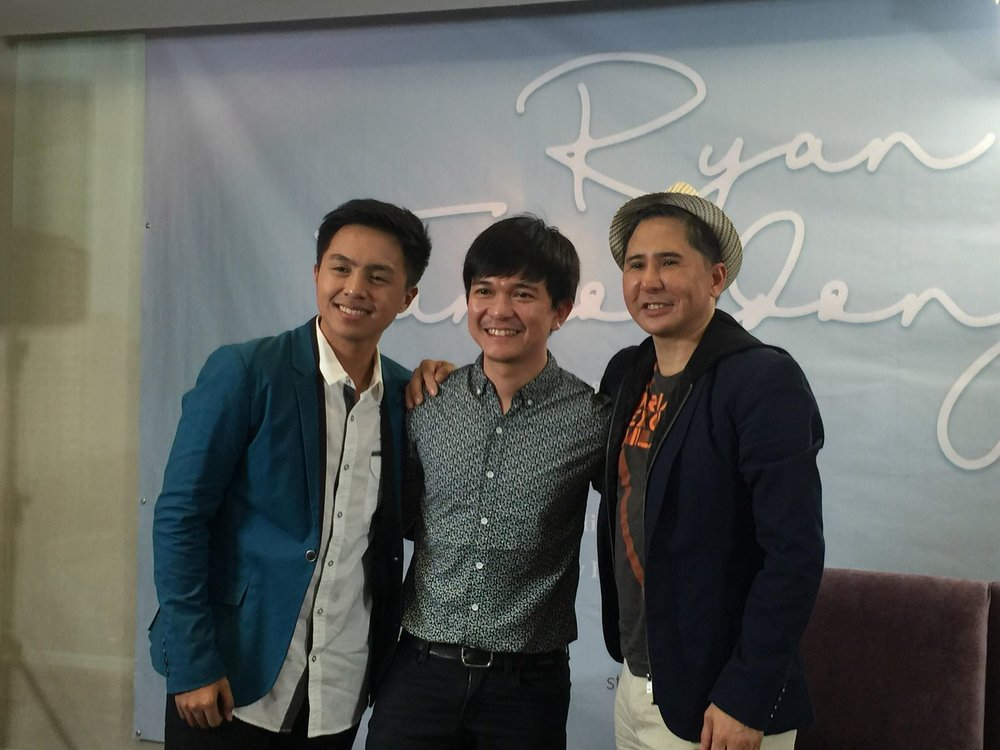Ryan Tamondong, Star Music audio content head Jonathan Manalo, and manager Joel Mendoza