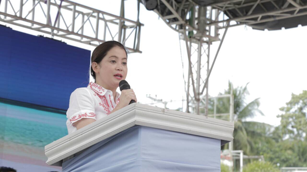 DOT Secretary Bernadette Romulo-Puyat: The Boracay experience is the ultimate lesson in balancing development and protecting the environment. The lessons learned here are not for Boracay alone but also for the other island destinations around our beautiful country