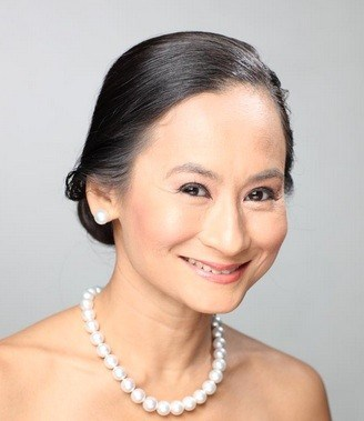 Ballet Manila founder and prima ballerina Lisa Macuja Elizalde brings back the timeless classic  Cinderella  on stage