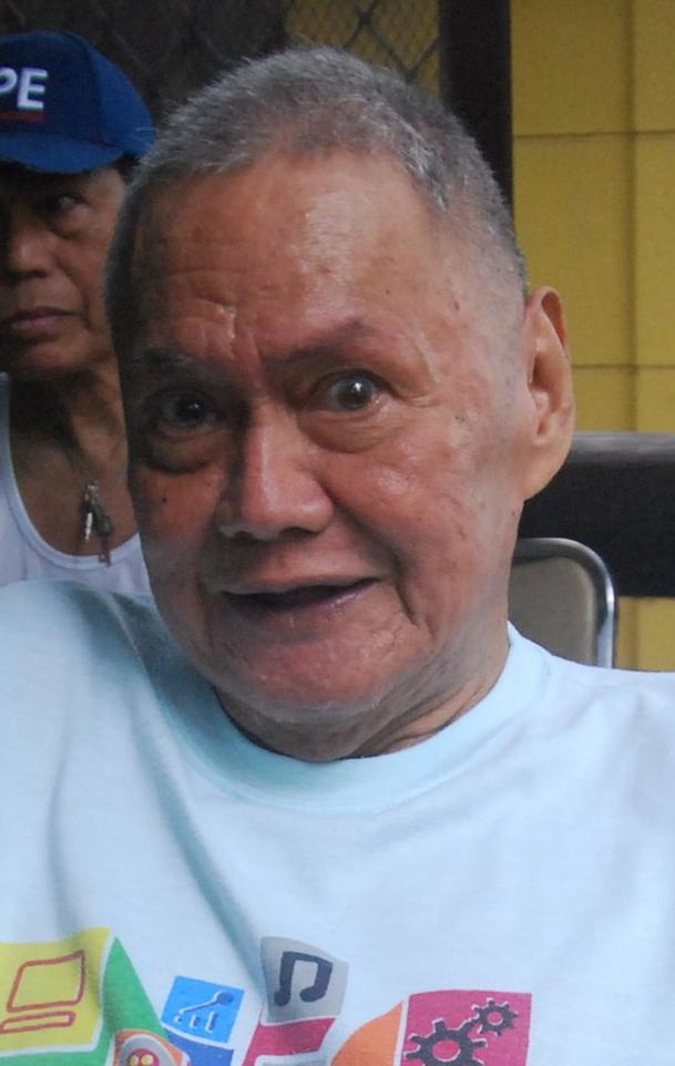 Former Manila Chronicle Entertainment editor, Iskho F. Lopez